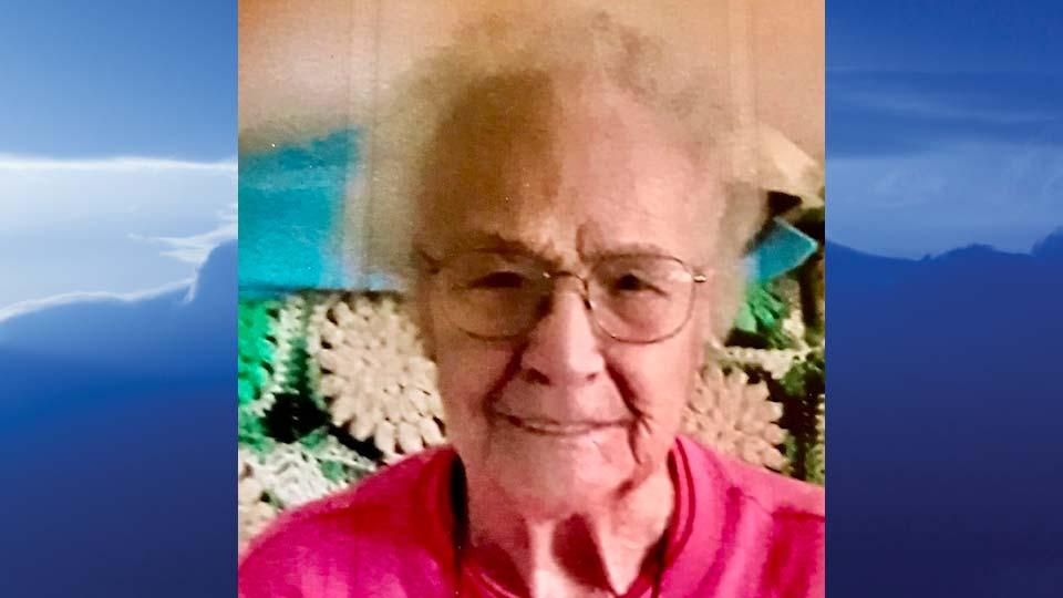 "Roberta E. ""Bobbie"" Crum, Poland, Ohio - obit"