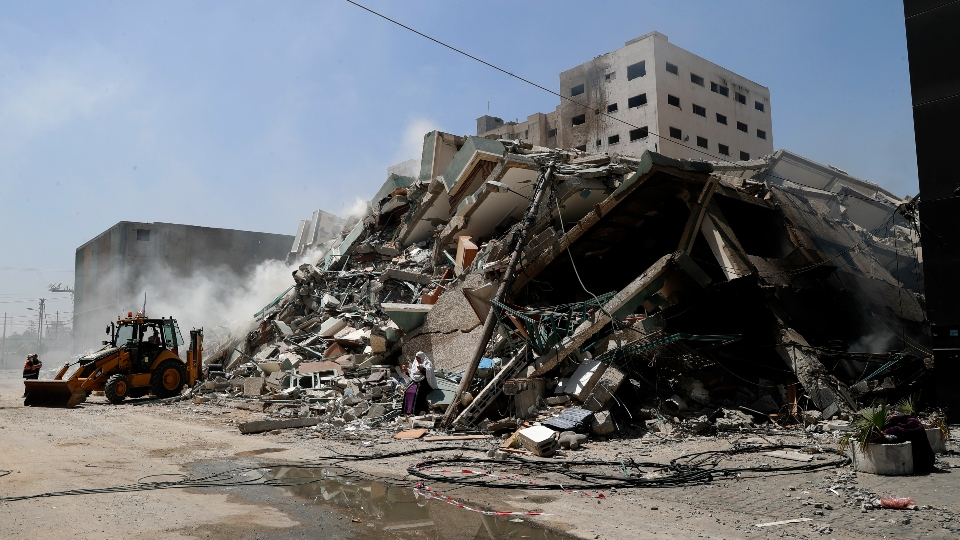 Islamic nations hold emergency summit Israel Gaza attacks