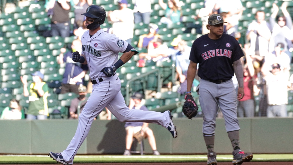Mariners beat Indians 7-3