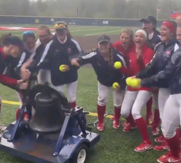 Austintown Fitch softball