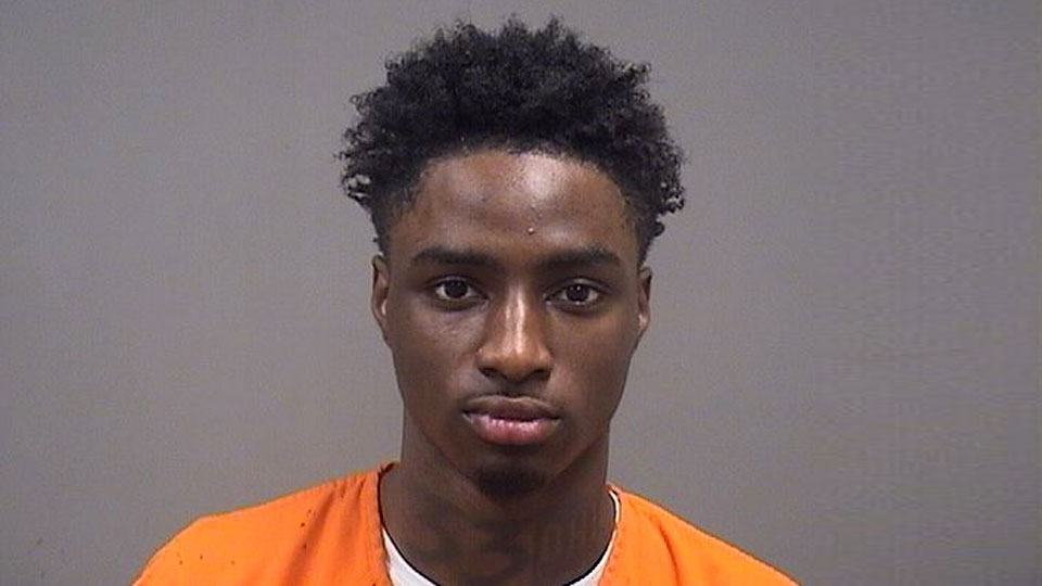 Devonte Clay, gun charges in Youngstown