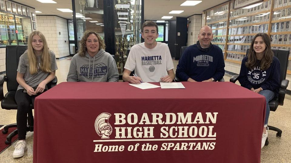 Ethan Andersen, Boardman Spartan, signs letter of intent to Marietta Basketball