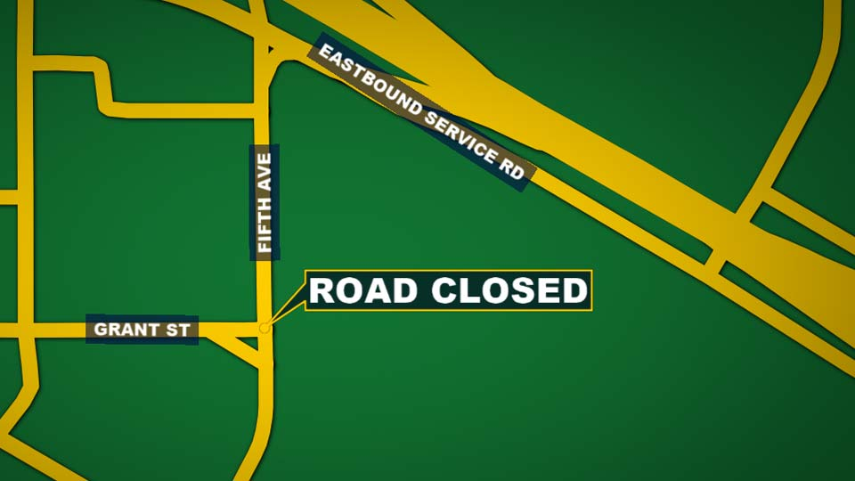 Road closed on Fifth Avenue between Grant Street and Eastbound service road.