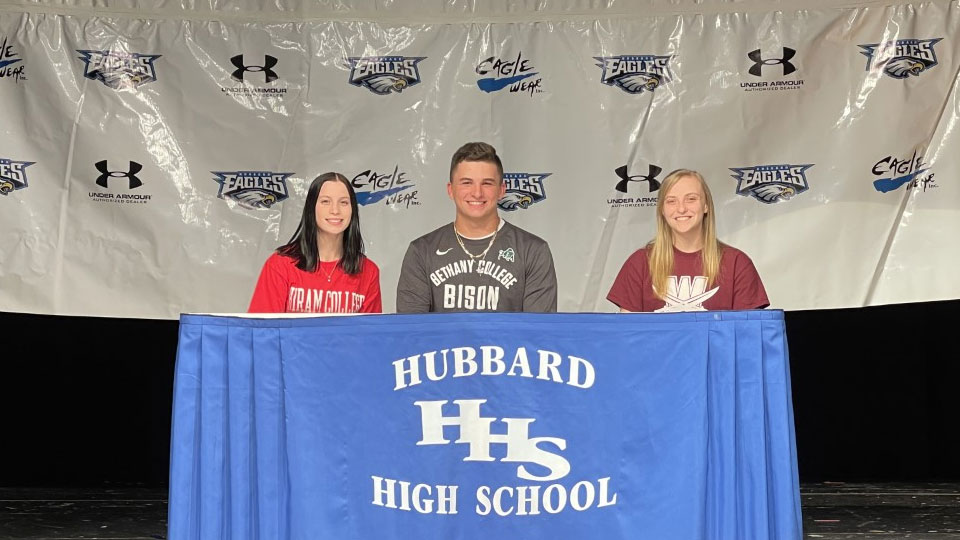 Hubbard High school student athletes sign letters of intent