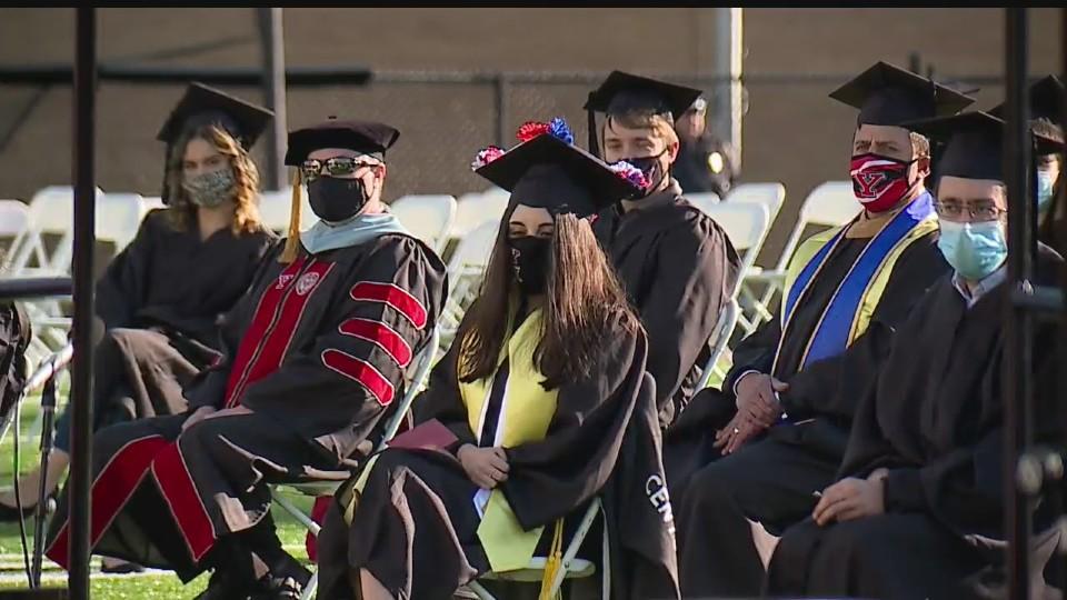 YSU class of 2020 graduation in 2021