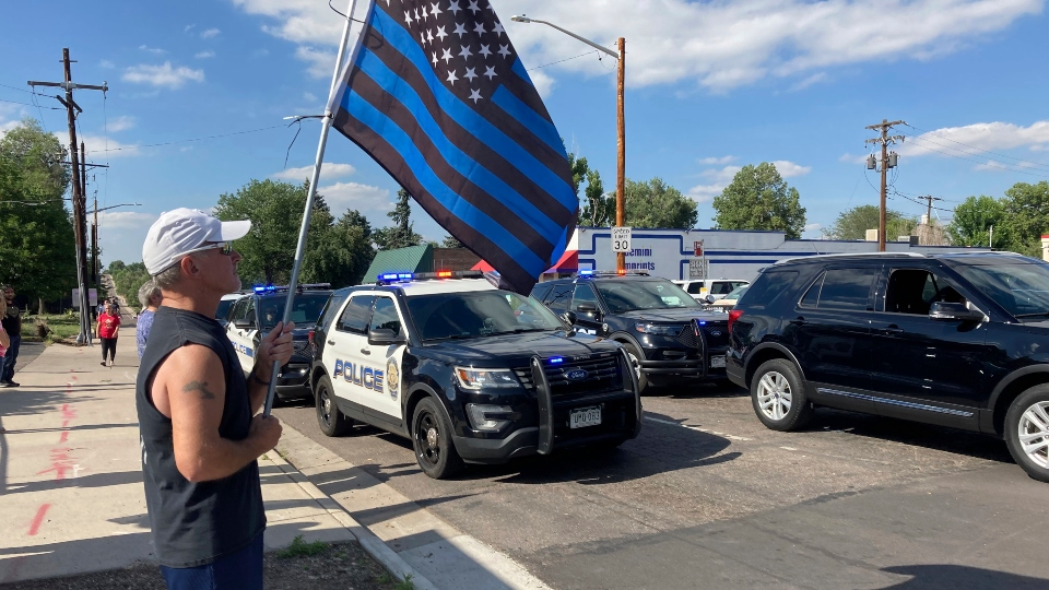 Police: Man who shot Colorado gunman was killed by officer