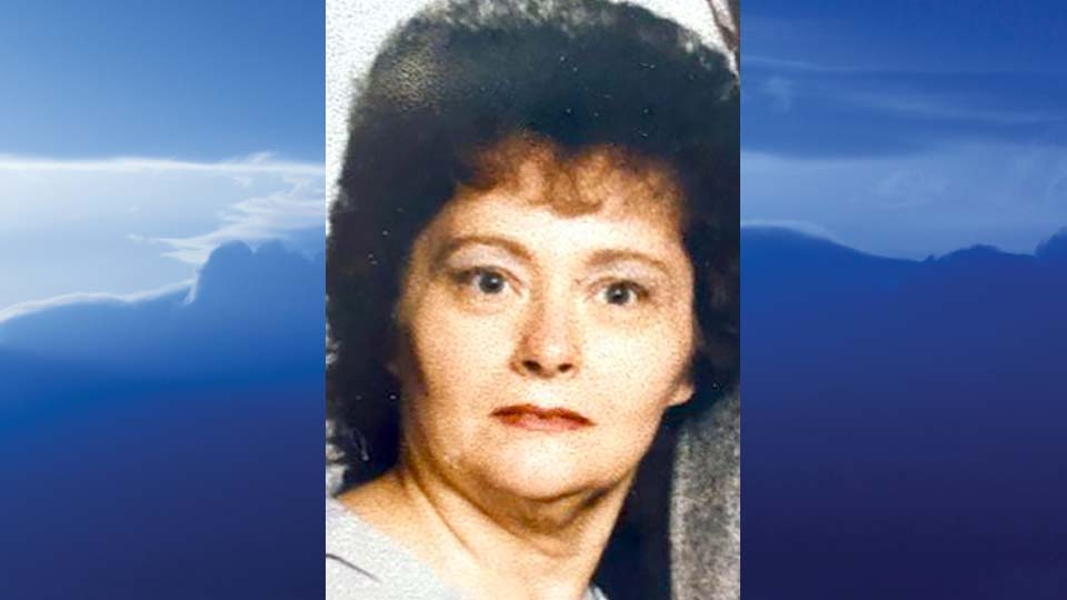 Beverly Paige Viets, Canfield, Ohio - obit