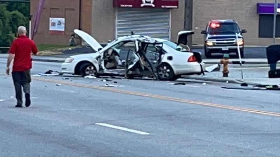 Fatal crash on Youngstown Road SE, Warren