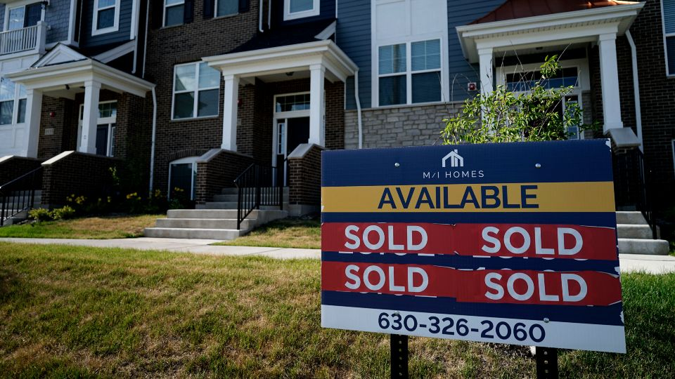 More Americans signed contracts to buy homes in May, a surprising rebound after months of cooling in the housing market, where lack of inventory has pushed prices to record levels.