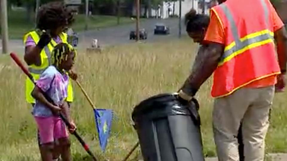 Youngstown kicked off its Juneteenth celebration with a community cleanup on Saturday.