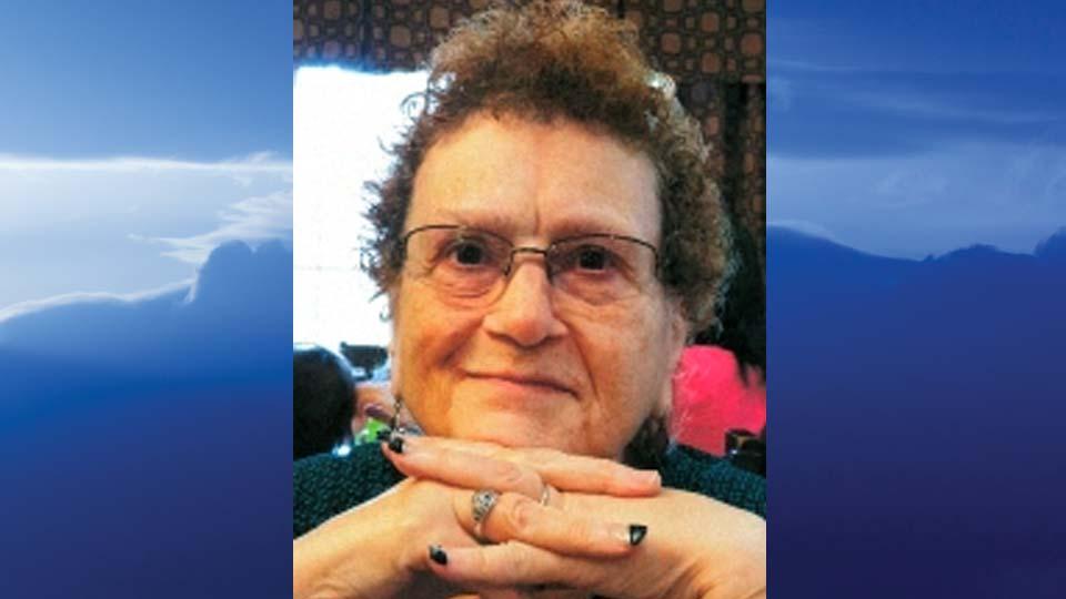 Lynne Chronister Detrow, Cortland, Ohio - obit