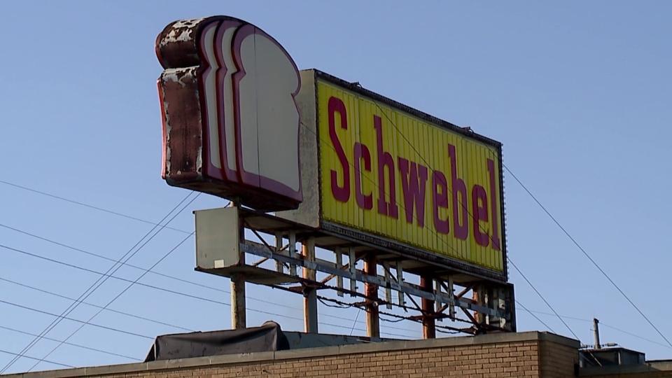 Schwebel, Youngstown