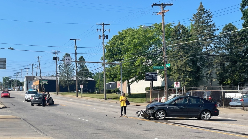 South Avenue, Samuel Avenue crash in Youngstown