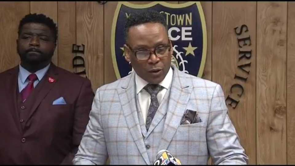 """Youngstown Police Chief Carl Davis called a press conference Thursday to discourage """"street justice"""" after a local murder suspect was shot and killed at a south side bar."""