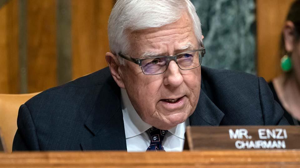 Ex-US Senator dies after bicycle accident
