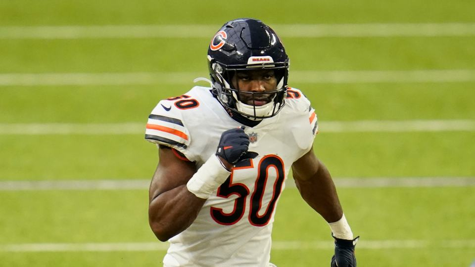 Chicago Bears linebacker Barkevious Mingo defends during an NFL football game against the Minnesota Vikings, Sunday, Dec. 20, 2020, in Minneapolis. (AP Photo/Jim Mone)