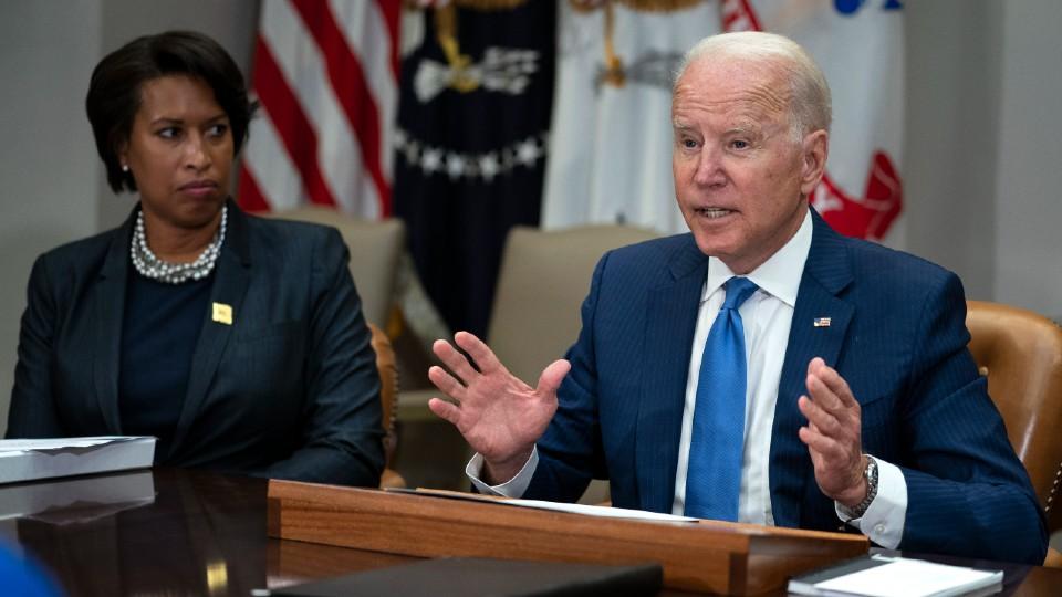Joe Biden and Muriel Bowser