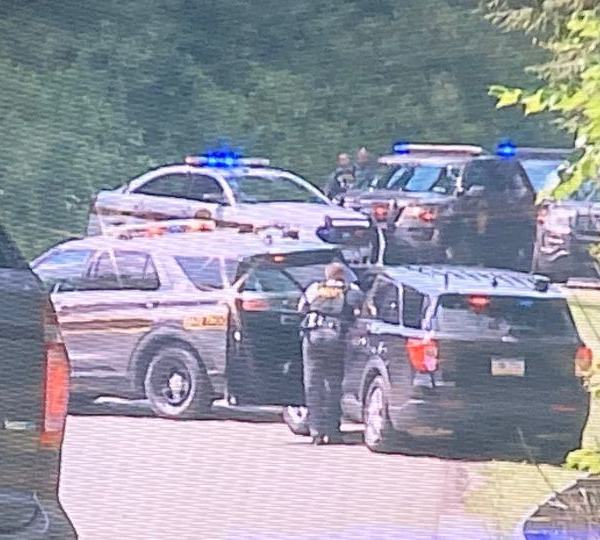 A portion of Leesburg Station Road in Mercer County has been shut down by police.