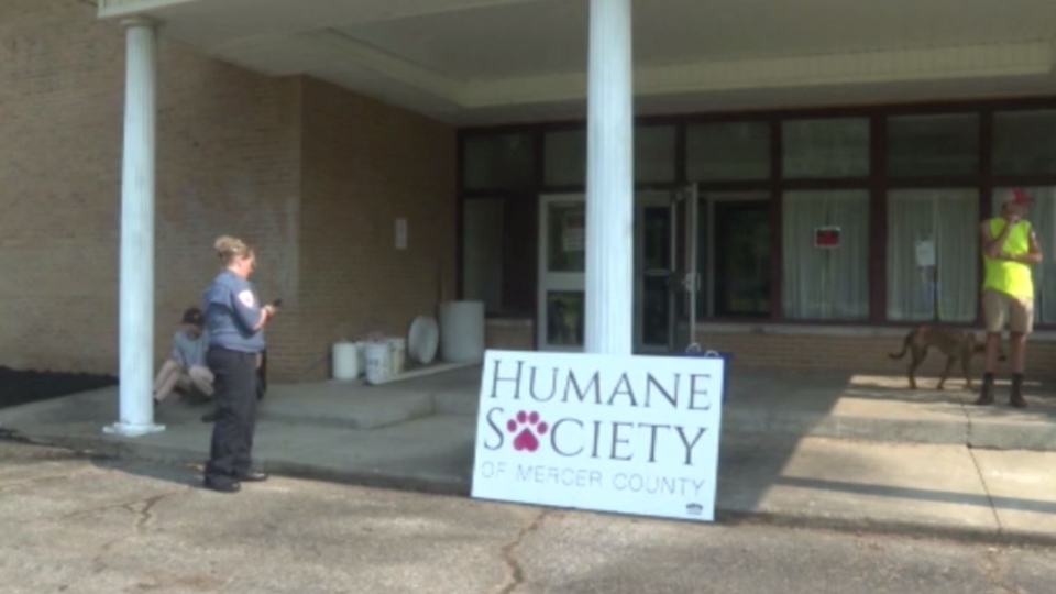The Humane Society of Mercer County is hosting a chicken dinner benefit for a new building