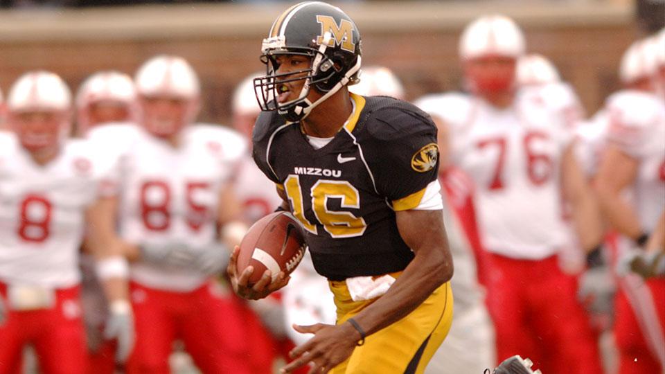 Missouri Tigers quarterback Brad Smith