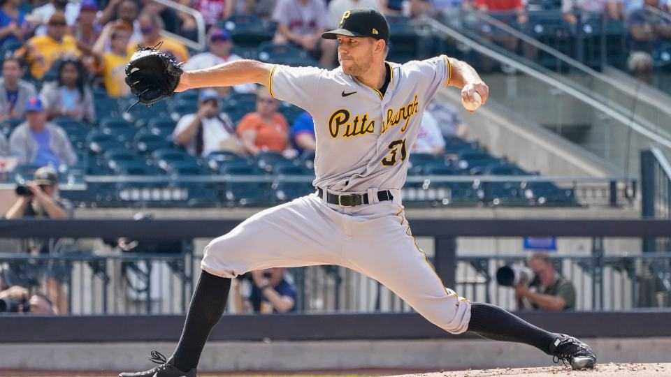 Pittsburgh Pirates starting pitcher Tyler Anderson delivers during the first inning of the first baseball game of a doubleheader against the New York Mets, Saturday, July 10, 2021, in New York. (AP Photo/Mary Altaffer)