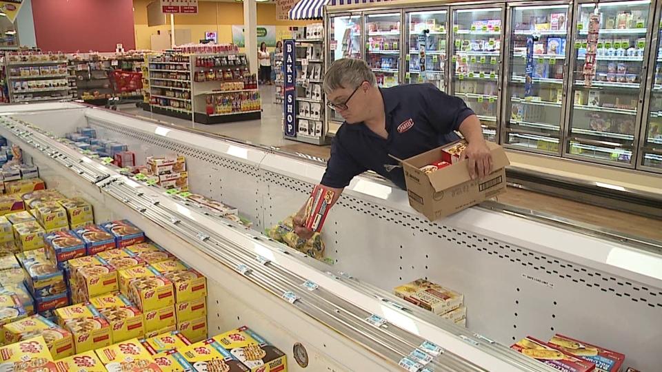 Sparkle Boardman, grocery store