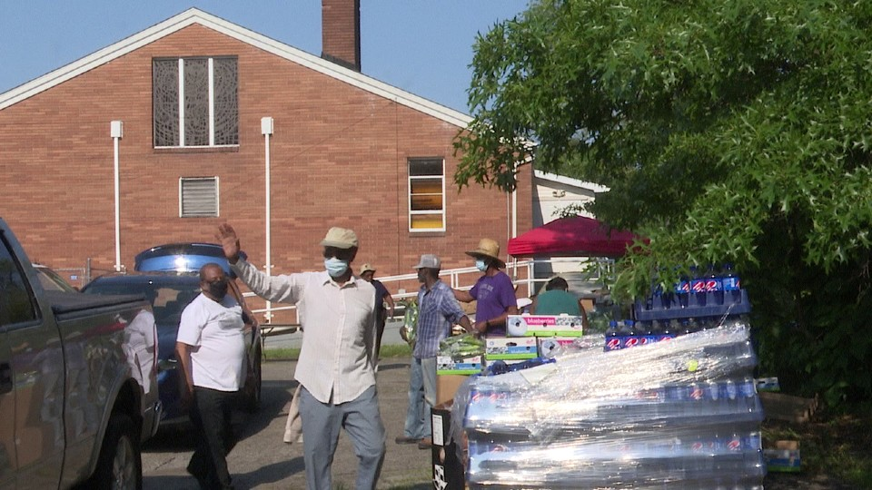 Youngstown church food drive, Alpha & Omega First Baptist Church