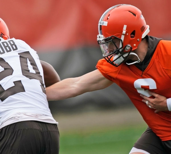 Browns, QB Mayfield not yet talking contract extension