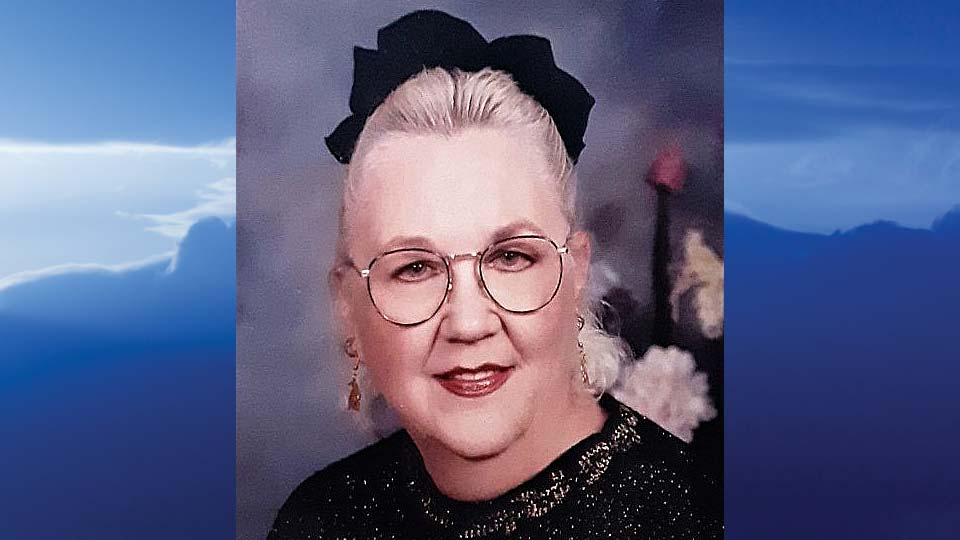 Elaine Carole Powell Davis, Brookfield, Ohio-obit