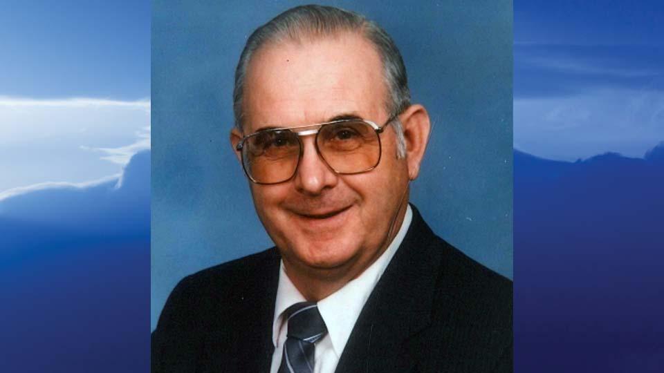 Eugene William Elmore, Champion, Ohio - obit
