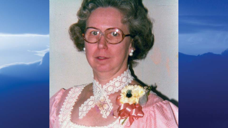 Lois Coryea, Williamsfield, Ohio - obit