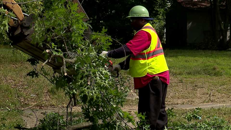 A Youngstown neighborhood on the north side is getting a better look this week.