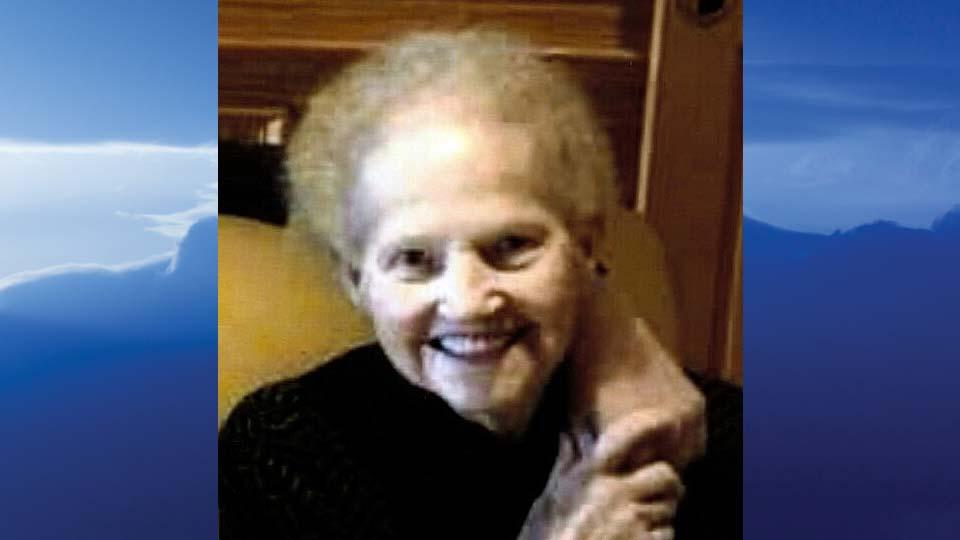 Esther (Pat) Johnson, Niles, Ohio-obit