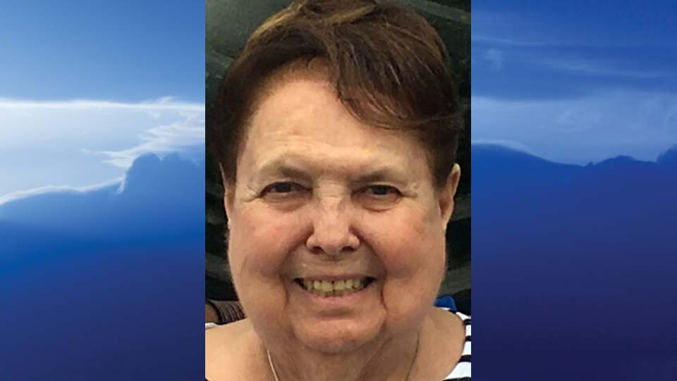 """Helen Victoria """"Dolly"""" Mager, Canfield, Ohio - obit"""
