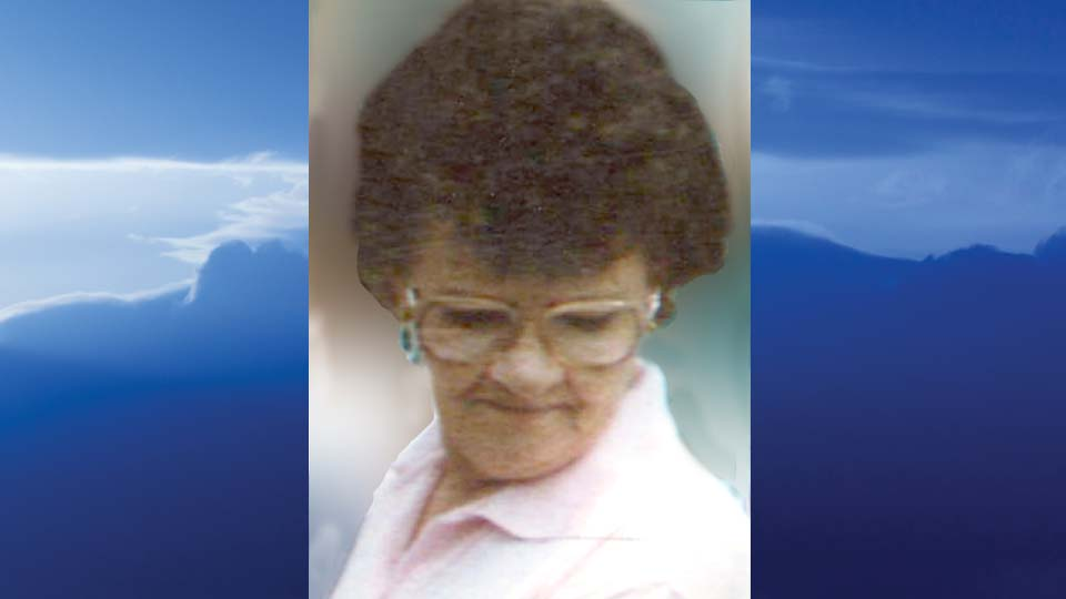Mary E. Saltsman, Hanoverton, Ohio - obit