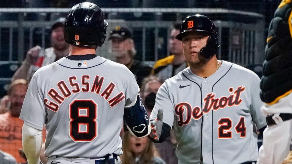 Tigers vs Pirates baseball