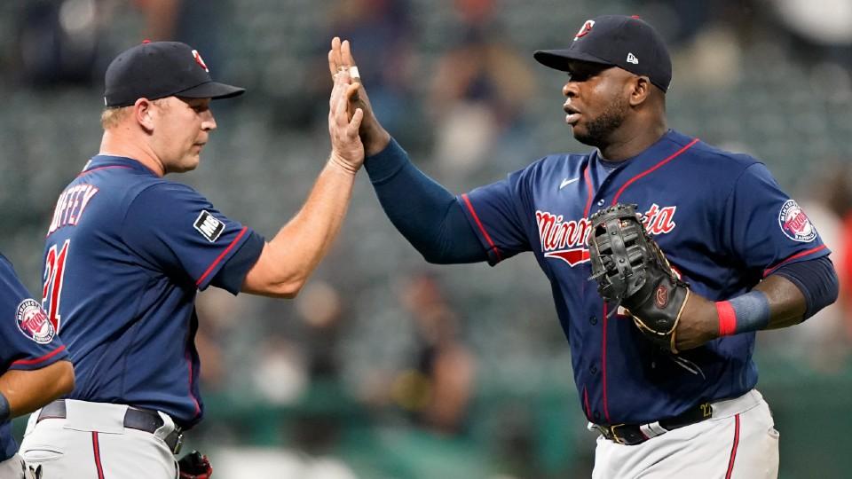 Twins vs Indians baseball