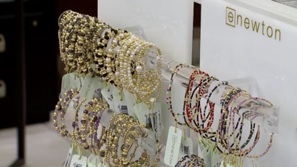 Gift, accessories boutique in Boardman changes store location