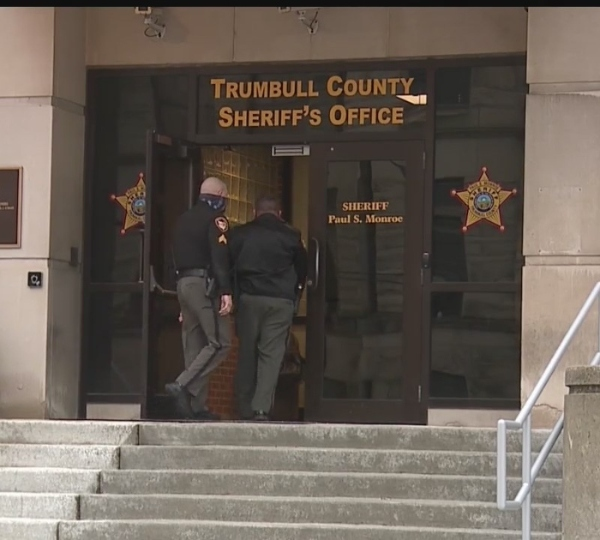 Pay raise for deputies in Trumbull county