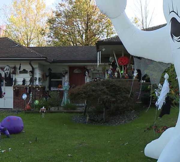 Seasonal décor is back in full swing, and lots of us are getting in the Halloween spirit, but no one more than this Boardman teen.