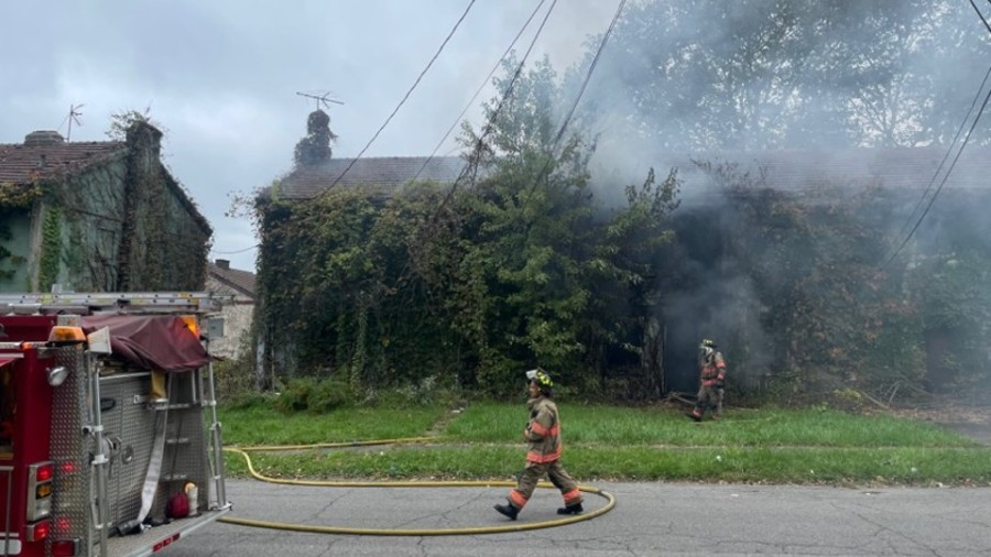 Chambers Street fire in Campbell