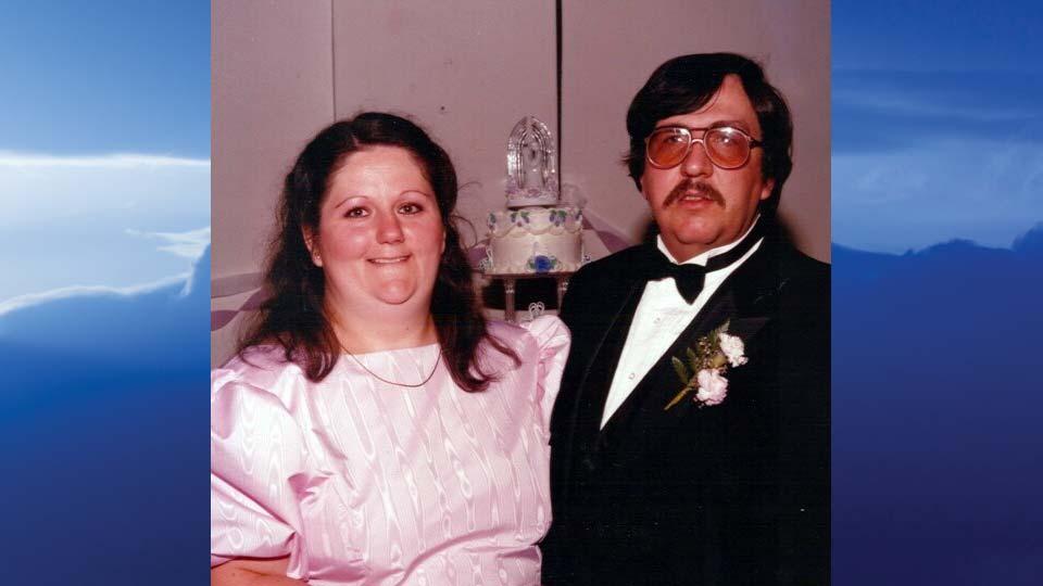 Cindy L. Costello, Campbell, Ohio - obit