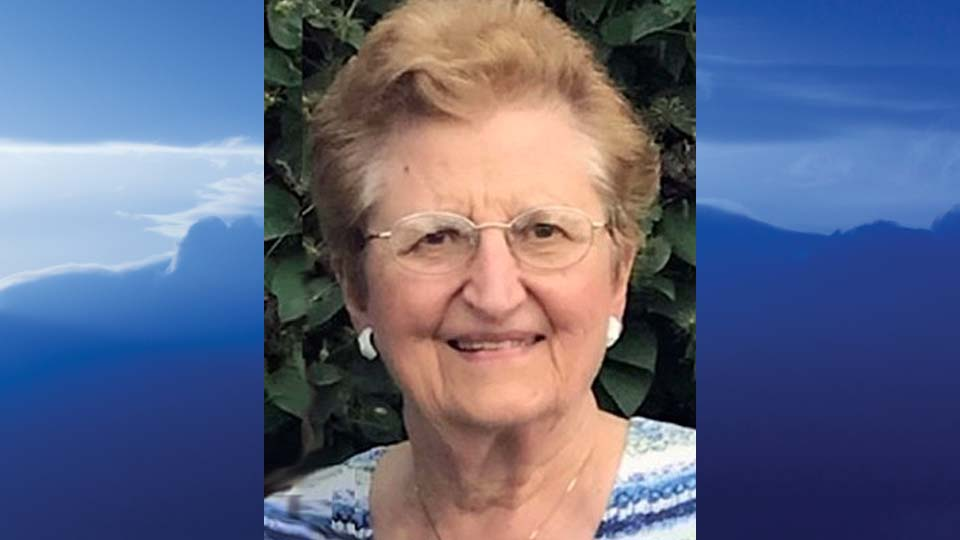 Evelyn Fromel Yourstowsky, Girard, Ohio - obit