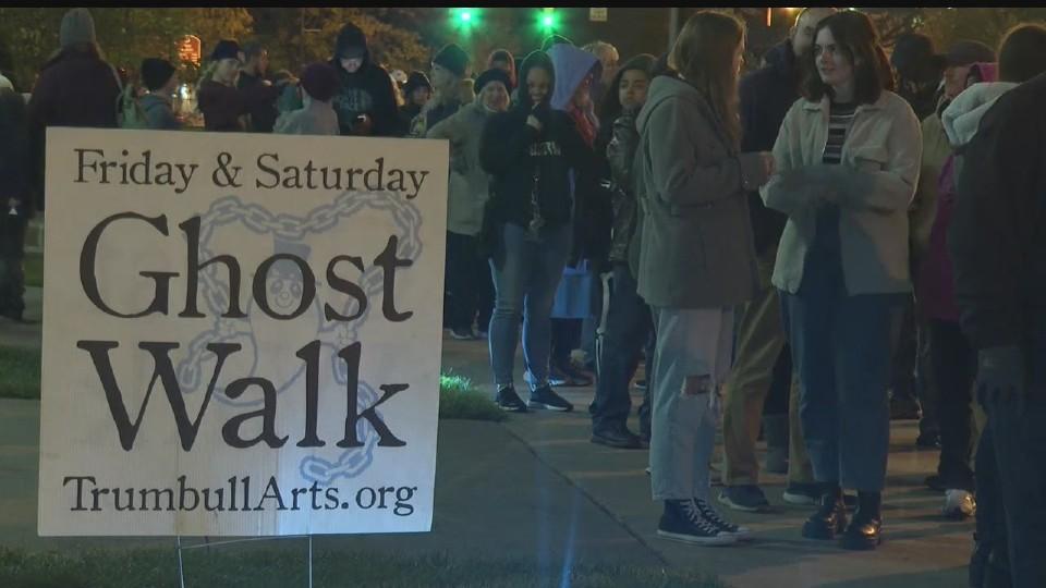 Ghost Walk in Warren