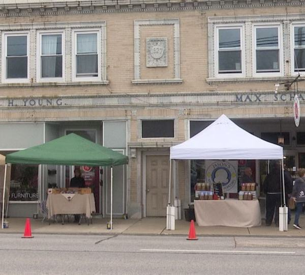 Hubbard held its fourth annual Shop Small event Saturday.