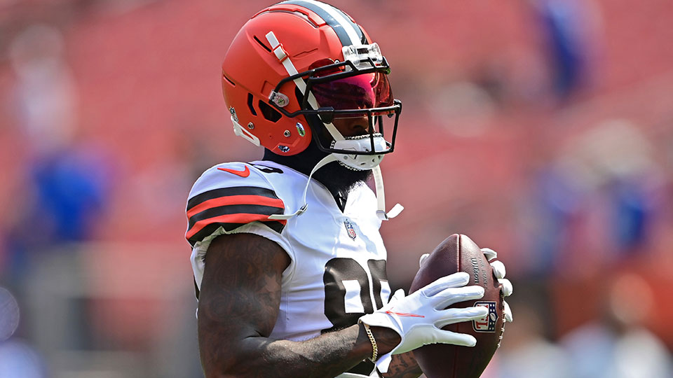 Cleveland Browns wide receiver Jarvis Landry warms up before an NFL football game, Sunday against the New York Giants, Aug. 22, 2021, in Cleveland