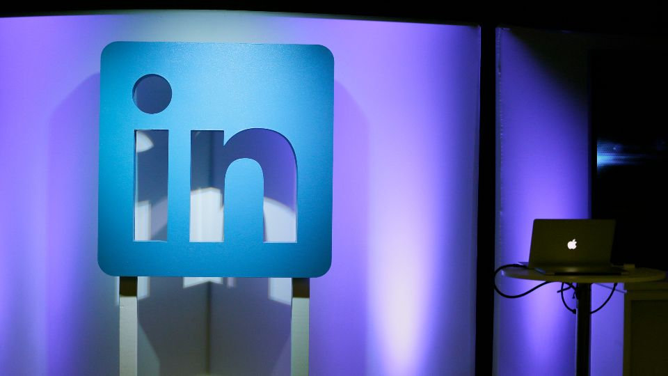 Microsoft says it is shutting down its LinkedIn service in China later this year following tighter government rules on internet companies.