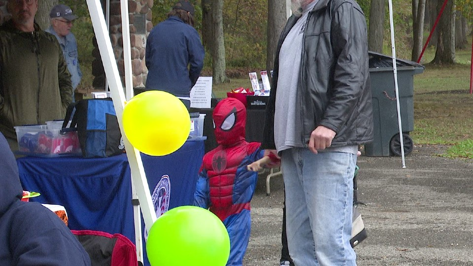 Make A Difference Day in Austintown