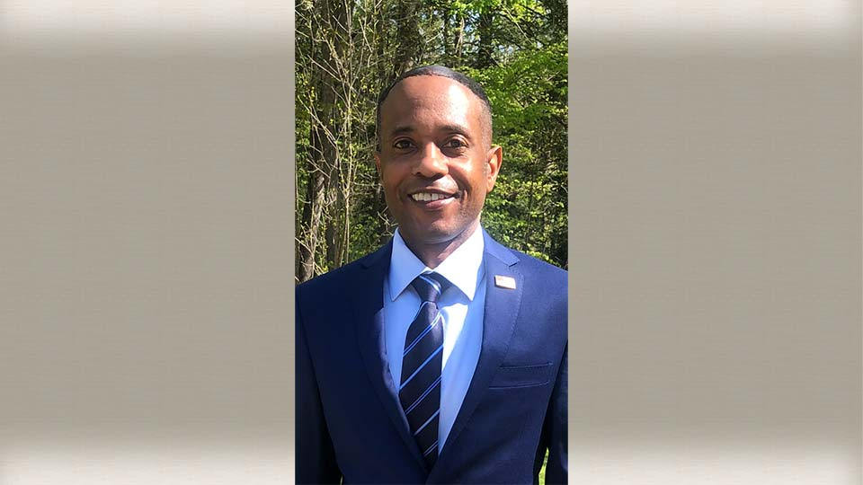 Richard Vincent Hill is running for Youngstown Mayor.