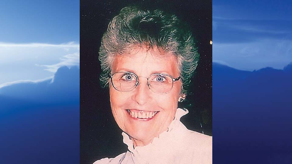 Ruth E. Smith, Champion, Ohio-obit